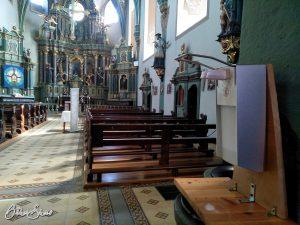 Auf der 7. Etappe des Hildegardweges: Wallfahrtskirche in Spabrücken mit Corona-Weihwasser.