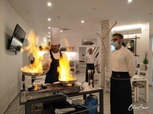 Caperi e Gamberi: Eventküche im Restaurant.