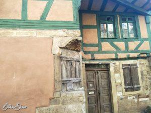Liebevoll restaurierte Häuser, aber keine Pilgerherbergen.