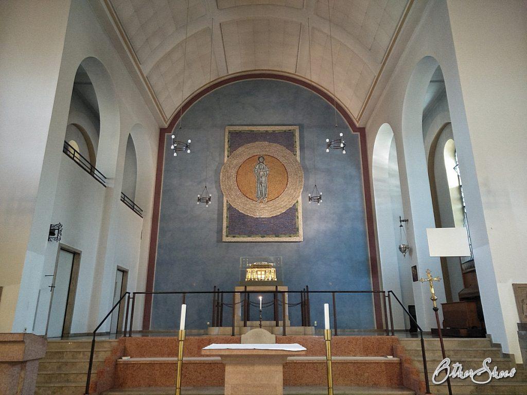 Das Ende der Pilgerreise: Altarraum in der Wallfahrtskirche.