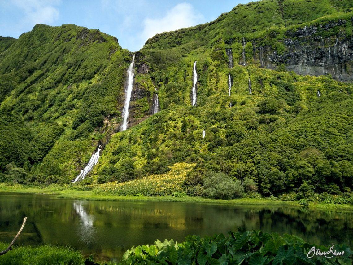 Flores - Wasserfälle Poço Ribeira do Ferreiro.