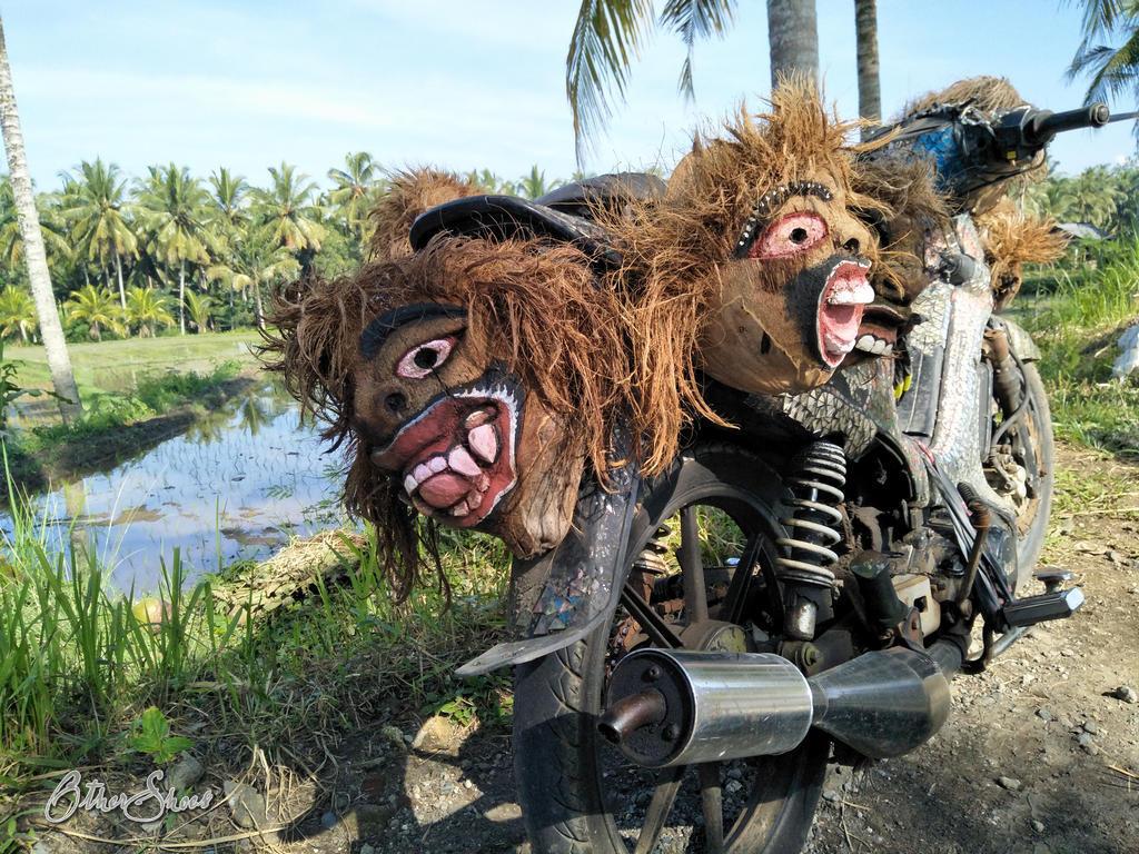 Furchterregende Mopeds